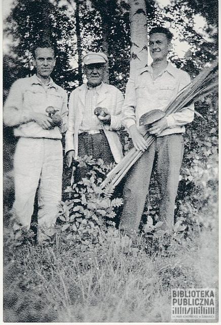 Od lewej Władysław Mikielkiewicz, Wincenty, Henryk.