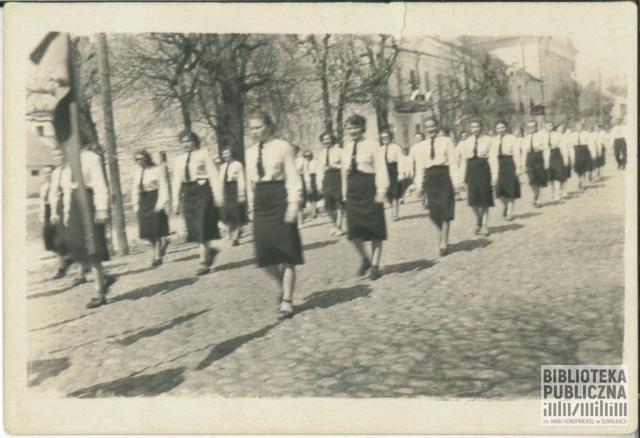 Defilada ulicą T. Kościuszki